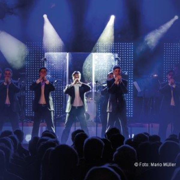 The 12 Tenors: Live on Tour!